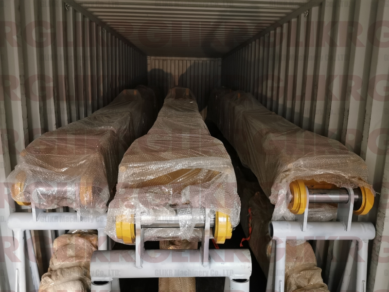 JAN. 6th, 2021: CAT320D2L 13.5M Long Arm   CAT325CL 15M Long Arm Shipped to Africa