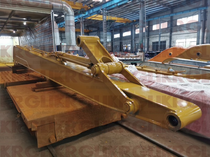 JAN. 7th, 2021: CAT330 New Version 18 Meters HD Long Reach Arm and Boom Shipped to Russia