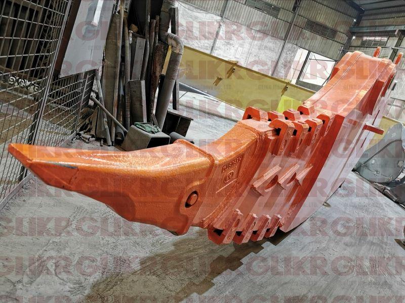 Doosan DX520 Ripper Arm