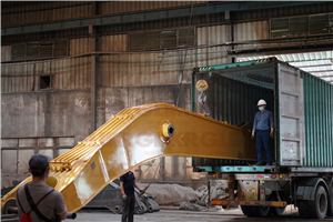 MAR. 16th, 2021: Container Loading for CAT390FL-23M-LONG REACH ARM AND BOOM